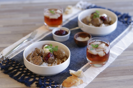 Swedish Meatballs in Gravy